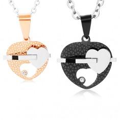 Set oceľových náhrdelníkov, dvojfarebné srdiečka s výrezom, číry zirkón