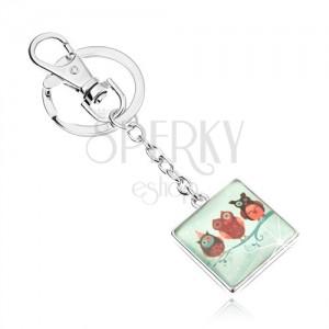 Prívesok na kľúče, štvorec s vypuklým sklom, obrázok - tri sovičky na konári