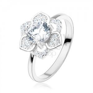 Prsteň, striebro 925, ligotavý kvet, brúsený číry zirkón, hladké ramená
