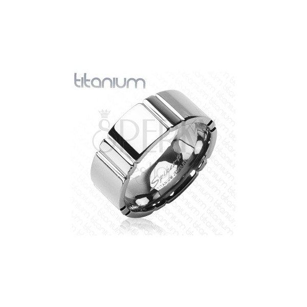 Titánový prsteň s priečnym pruhovaním