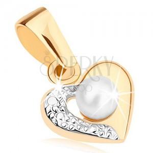 Prívesok z 9K zlata - dvojfarebný obrys srdca, gravírovaná polovica, biela perlička