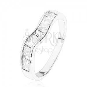 Ligotavý strieborný prsteň 925, zvlnená línia, číre zirkónové lichobežníky