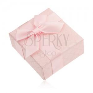 Darčeková krabička na prsteň, ružová farba, lesklý povrch, mašlička