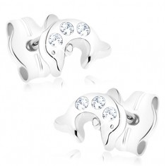Šperky eshop - Zlaté náušnice 375 - malý skáčuci delfín, tri okrúhle číre zirkóniky GG83.08