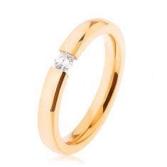 Oceľová svadobná obrúčka zlatej farby, číry zirkónik, ploché ramená