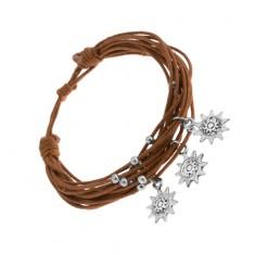 Šperky eshop - Šnúrkový náramok hnedej farby, oceľové guličky, prívesky - slniečka SP86.07