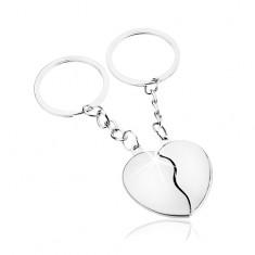 Šperky eshop - Prívesky na kľúče pre pár, strieborný odtieň, rozdelené srdce - dve polovice Z2.12