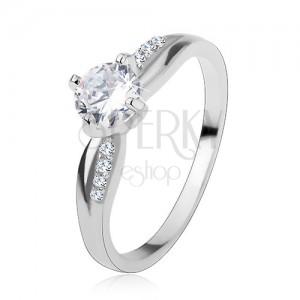Zásnubný prsteň, striebro 925, hladká a zirkónová línia, ligotavý číry zirkón