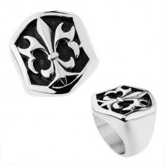 Oceľový prsteň striebornej farby, šesťhranná ozdoba s patinou a Fleur de Lis