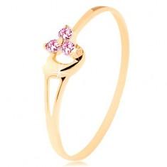 Prsteň zo žltého 14K zlata - tri ružové zirkóniky, asymetrické vypuklé srdce