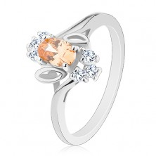Ligotavý prsteň, svetlooranžový brúsený ovál, číre zirkóniky, lístočky
