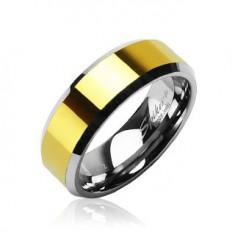 Wolfrámový prsteň so skosenými hranami a stredovým pásom v zlatej farbe, 8 mm