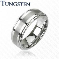 Prsteň z tungstenu v tmavosivom lesklom odtieni, brúsený stredový pás, 8 mm