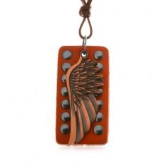 Šperky eshop - Kožený náhrdelník - anjelské krídlo medenej farby, vybíjaný pás kože AB15.15