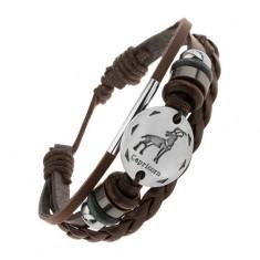 Šperky eshop - Hnedý kožený náramok, okrúhla známka so znamením KOZOROŽEC, korálky AC14.17