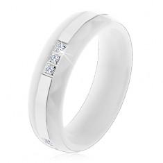 Prsteň z bielej keramiky s brúseným povrchom, tenký oceľový pás, zirkóny