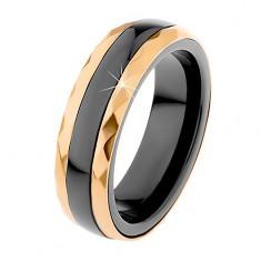 Keramický prsteň čiernej farby, brúsené oceľové pásy v zlatom odtieni