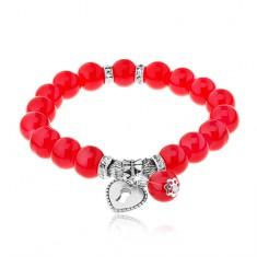 Pružný náramok z lesklých červených guličiek, oceľové korálky, srdce - kladka