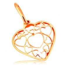 Prívesok v žltom 14K zlate - srdce zdobené obrysmi menších a väčších srdiečok