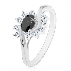 Prsteň s lesklými ramenami, čierny zirkónový ovál a číre oblúčiky
