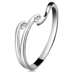 Diamantový prsteň z bieleho 14K zlata - dva ligotavé číre brilianty, lesklé línie ramien