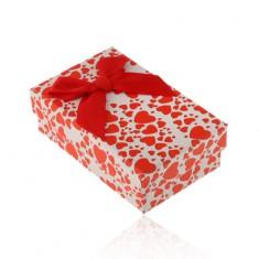 Bielo-červená krabička na set alebo náhrdelník, potlač srdiečok, mašľa
