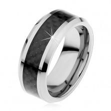 Tungstenová obrúčka striebornej farby, stredový pás z čiernych vlákien, 8 mm