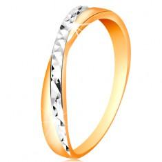 Dvojfarebný prsteň v zlate 585 - rozdelené ramená, drobné ligotavé ryhy