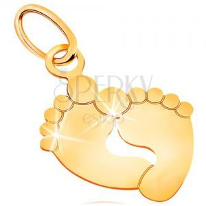 Prívesok v žltom zlate 585 - dva odtlačky chodidiel, lesklý a plochý povrch