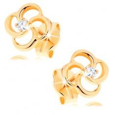 Šperky eshop - Briliantové náušnice zo žltého 14K zlata - kvet s čírym diamantom BT501.84