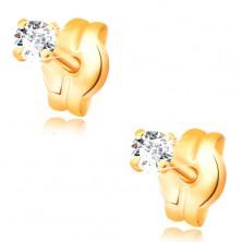 Náušnice zo žltého 14K zlata - žiarivý diamant čírej farby, 2 mm