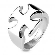 Masívny prsteň z chirurgickej ocele, hladký lesklý maltézsky kríž