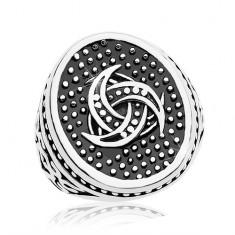 Oceľový prsteň, bodkovaný ovál s keltským motívom, ornamenty na ramenách