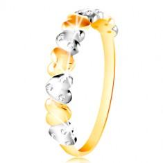 Šperky eshop - Prsteň v kombinovanom zlate 585 - dvojfarebné srdiečka, číre zirkóny GG214.44/50 - Veľkosť: 49 mm