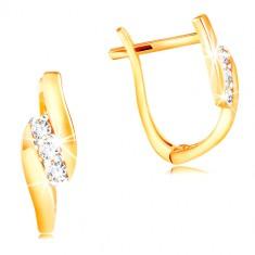 Šperky eshop - Náušnice zo 14K zlata - šikmá línia čírych zirkónov medzi  lesklými pásmi GG210 e85a0c0a1eb