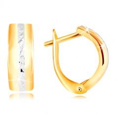 Šperky eshop - Zlaté náušnice 585 - brúsená línia z bieleho zlata na hladkom oblúku GG217.06
