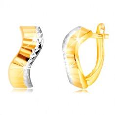 Šperky eshop - Zlaté náušnice 585 - vlnka s brúsenými pásmi a okrajom z bieleho zlata GG218.31