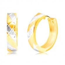 Náušnice v 14K kombinovanom zlate so striedajúcimi sa pásmi a mriežkou