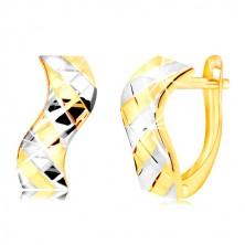 Náušnice zo 14K zlata - vlnka s dvojfarebnými pásikmi a mriežkou