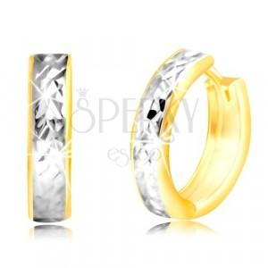 Náušnice zo 14K zlata - úzky krúžok s brúseným pásom v bielom zlate
