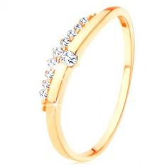 29407d170 Prsteň zo žltého 9K zlata - hladká vlnka s čírym zirkónom, zirkónový pás