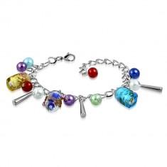 Šperky eshop - Retiazkový náramok a prívesky - umelé perličky, farebné korálky s ružičkami S69.19