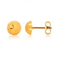 Náušnice v žltom zlate 375, motív kvetu - ligotavá hlávka so zárezmi, puzetky