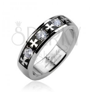 Oceľový prsteň - tri zirkóny a kríže