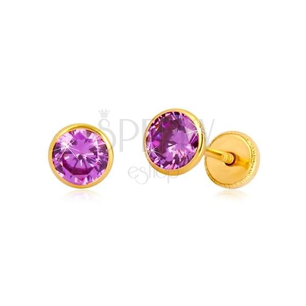 Náušnice v žltom zlate 585 - zirkón vo fialovom odtieni, puzetky so závitom, 5 mm
