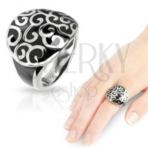 Oceľový prsteň s onyxovým odliatkom