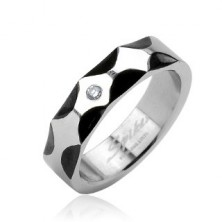 Oceľový prsteň - vzor vĺn, zirkón v strede