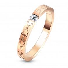 Snubný prsteň z ocele - číry zirkón, medená farba, jemné gravírovanie