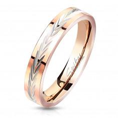 """Prsteň z ocele s pásom striebornej farby - zárezy v tvare písmena """"V"""", 3 mm"""