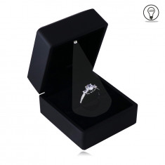 Darčeková krabička na prsteň - čierny matný povrch, LED svetielko